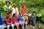 Inhuldiging Bank zoekt Plek Bornem in kinderboerderij