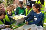 Plattelandsklassen biedt de hele maand oktober workshops aan op fruitteeltbedrijven voor leerlingen van de 3de graad basisonderwijs en de 1ste graad secundair onderwijs.