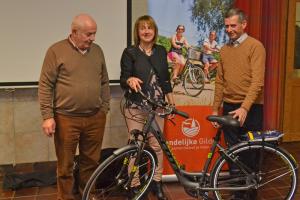 Agnes Heylen, winnaar fiets Hagelandse Gordel